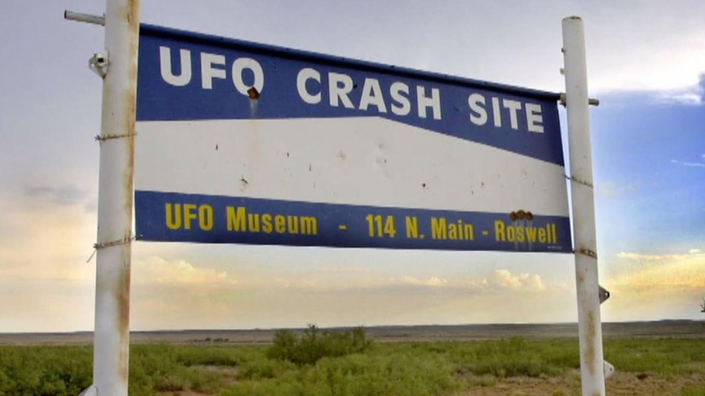 Chan dong: Khong chi 1, co tan 2 UFO roi xuong Roswell nam 1947?-Hinh-10