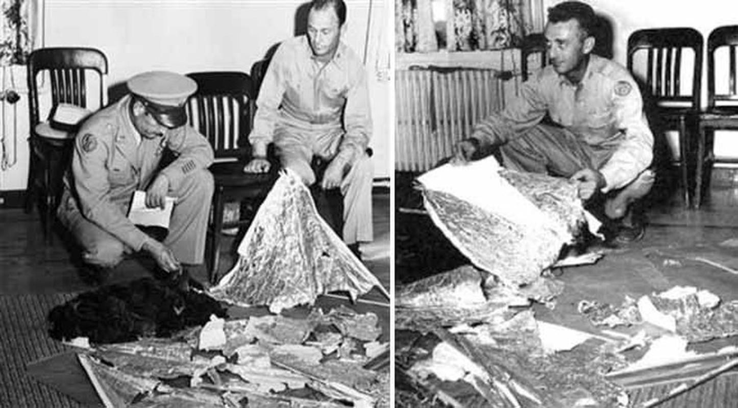 Chan dong: Khong chi 1, co tan 2 UFO roi xuong Roswell nam 1947?-Hinh-7