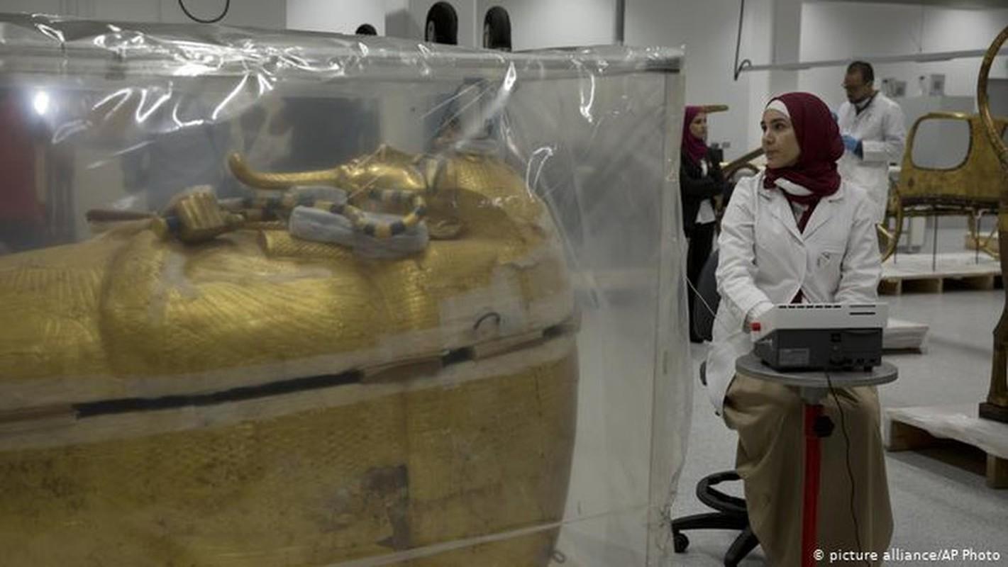 Truoc khi qua doi, Pharaoh Tutankhamun gap tai nan khung khiep the nao?-Hinh-8