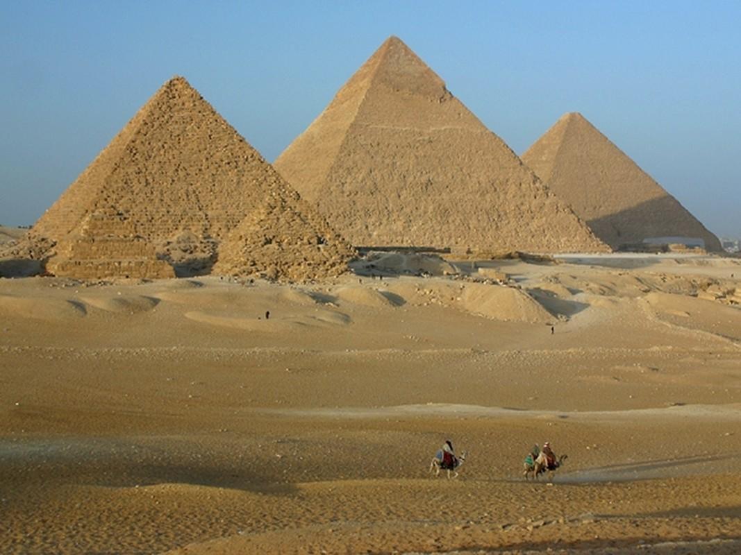 Pharaoh Ai Cap thuong duoc chon bao vat gi trong lang mo?