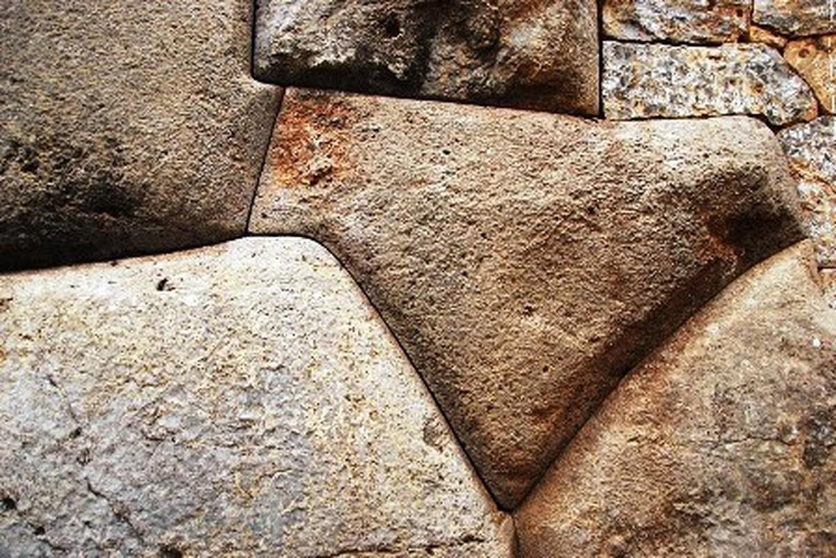 Bi an buc tuong da khong lo cua nguoi Inca-Hinh-9