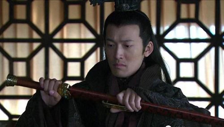 Vi sao Ton Quyen khong the xung ba thien ha du thuc luc cuc manh?-Hinh-8