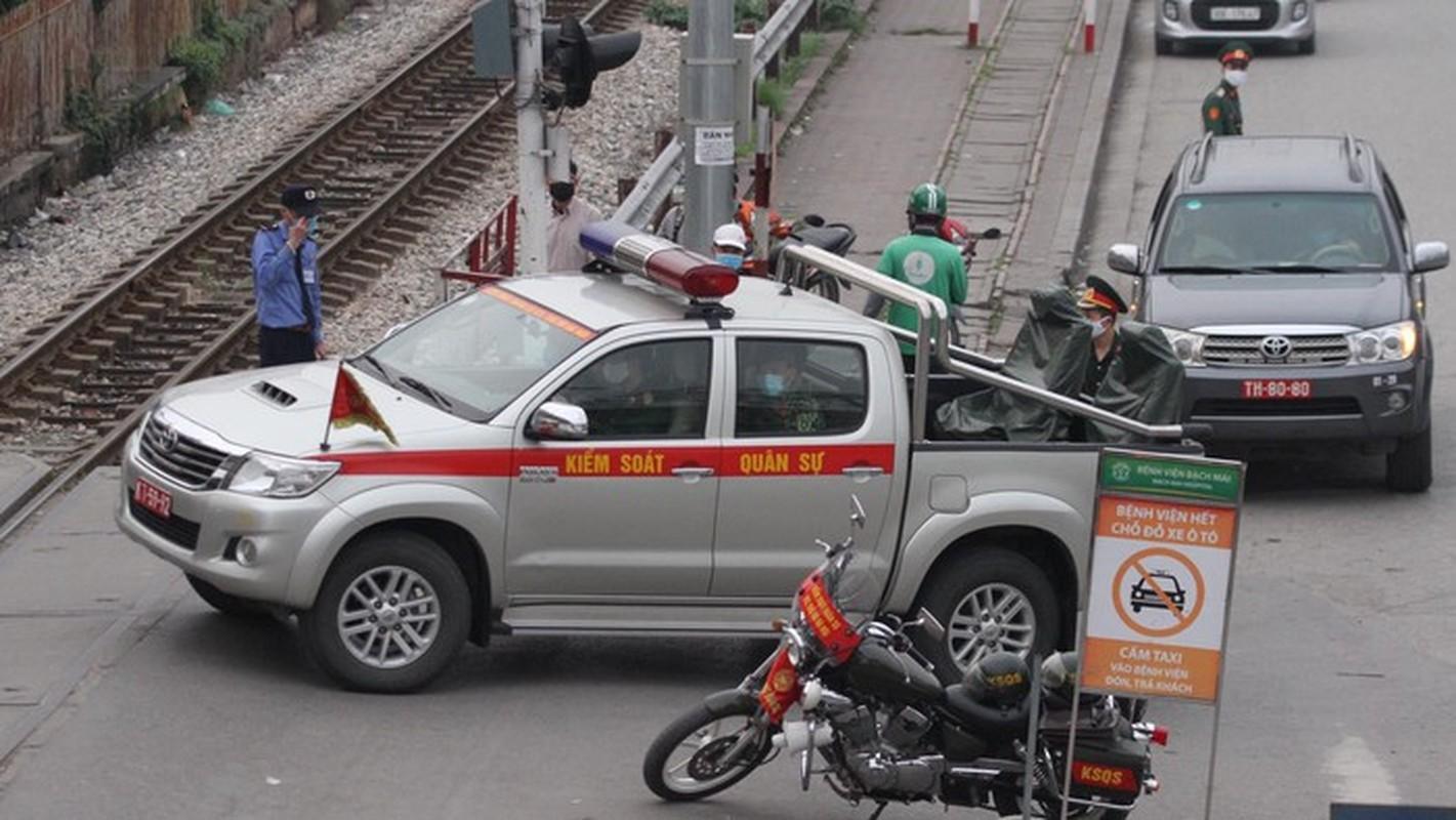 Binh chung Hoa hoc dieu 10 phuong tien dac chung tay doc BV Bach Mai-Hinh-6