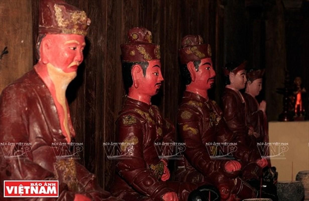 Chua Boi Khe Ha Noi bi mat co vat luu giu nhung bao vat nao?-Hinh-6