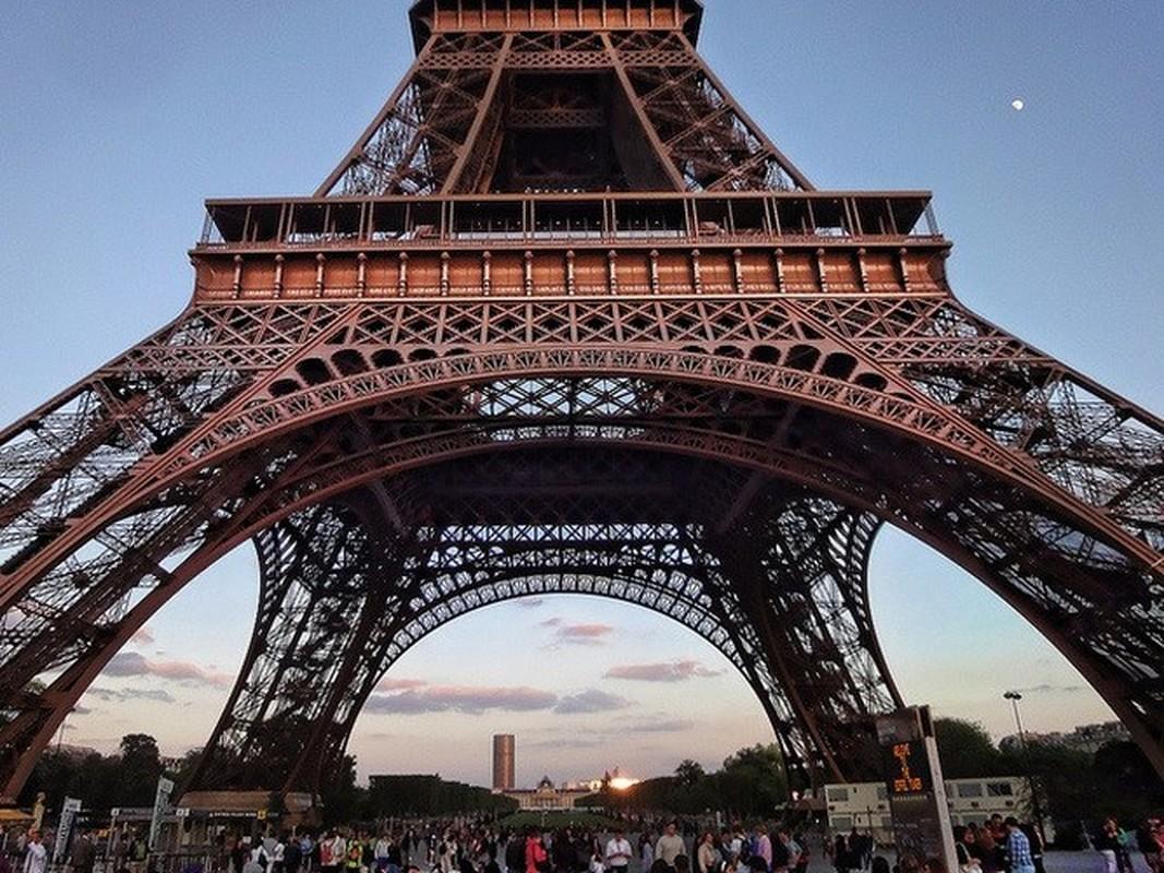 Vi sao dan Paris tung muon pha thap Eiffel ban sat vun?-Hinh-5