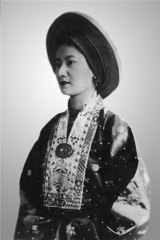 Nhung my nhan tuyet sac di qua cuoc doi vua Bao Dai-Hinh-2