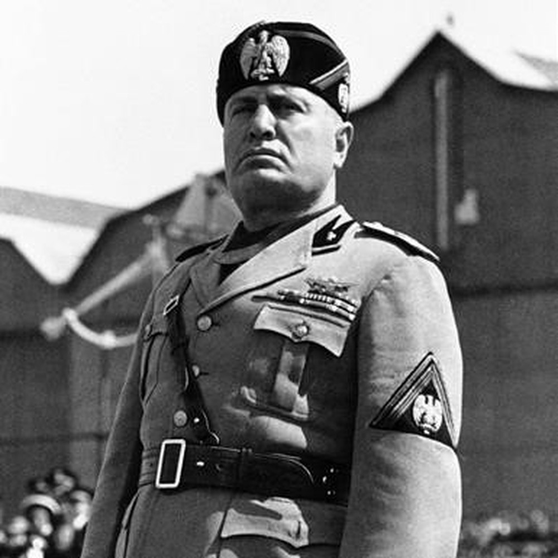 So phan khon kho cua con trai ke doc tai phat xit Mussolini-Hinh-7