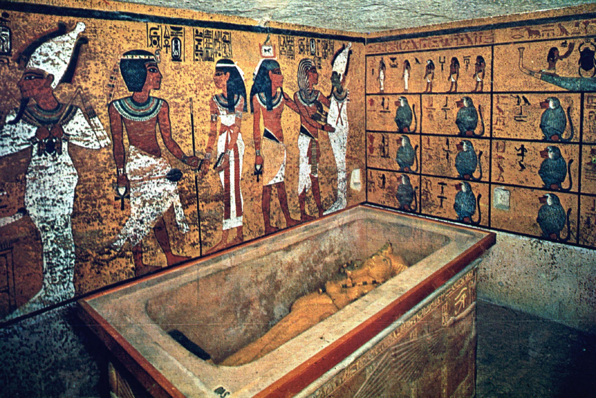 """Bi an bau vat """"la"""" trong lang mo pharaoh noi tieng Ai Cap"""