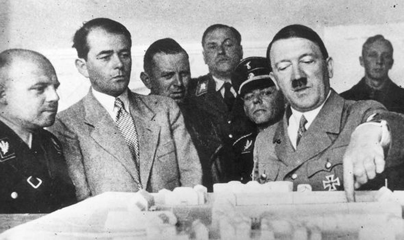 Cuc bat ngo vien canh Hitler ve ra khi chien thang The chien II-Hinh-10