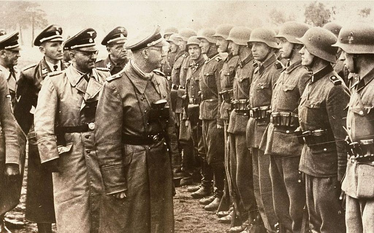 Tran chien ky la: Linh Duc phan boi Hitler quay sang giup My-Hinh-3