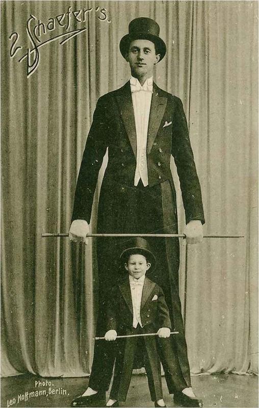 Bi mat nguoi linh co chieu cao khung nhat trong quan doi Hitler-Hinh-2