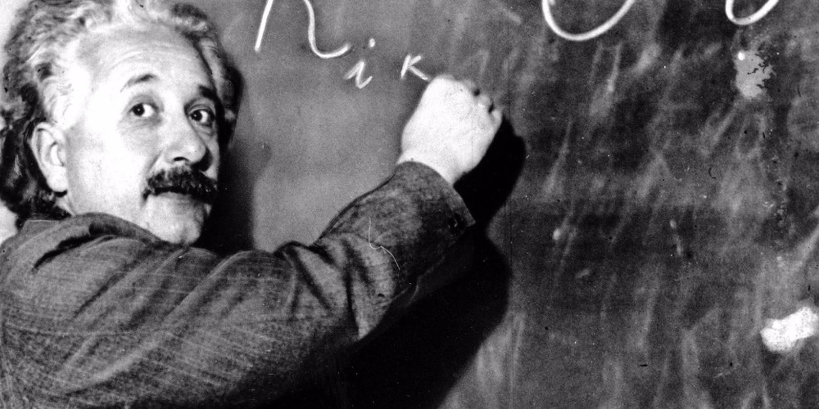 Cac con cua Einstein co tro thanh thien tai giong cha?