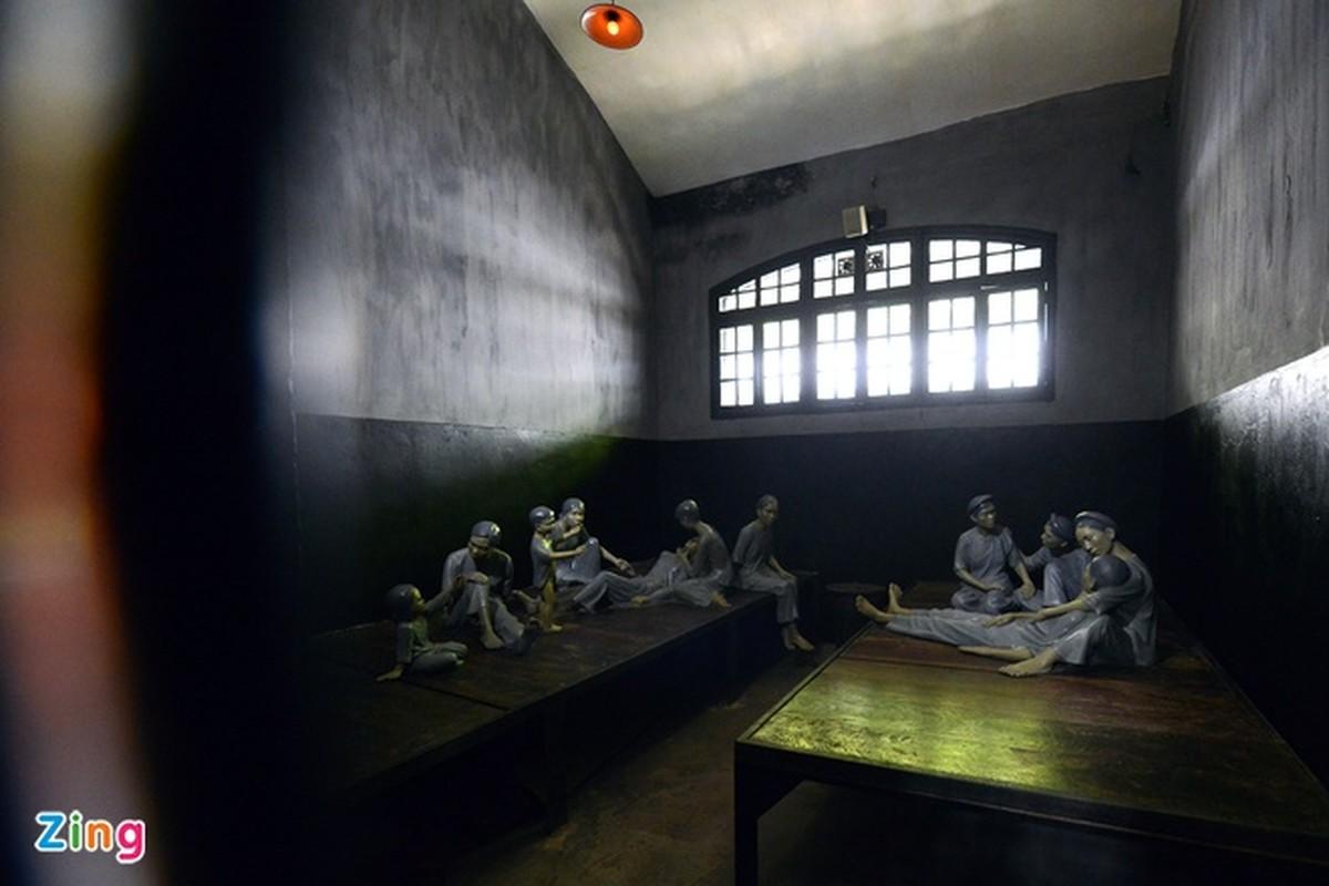 Nha tu Hoa Lo - noi ghi dau tinh than yeu nuoc cua nguoi Viet Nam-Hinh-9