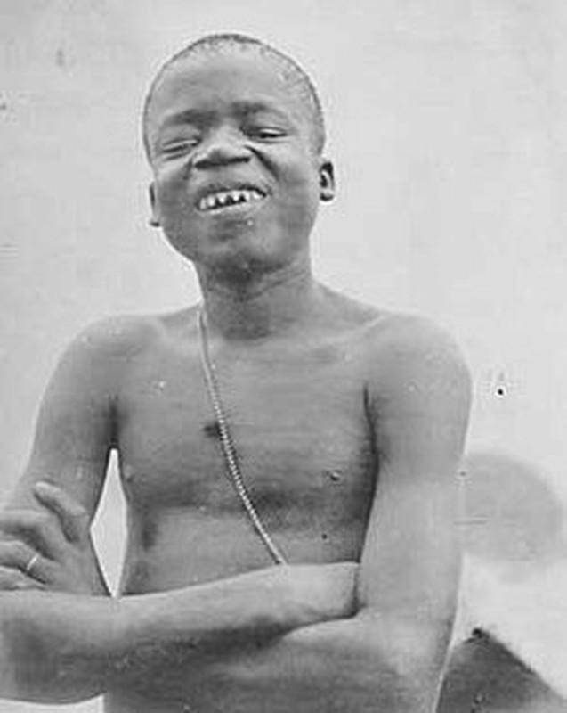 Bi kich nguoi lun bi nhot nhu thu cho khach tham quan nam 1900-Hinh-8