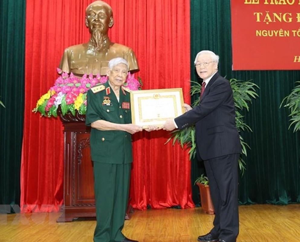 Cuoc doi, su nghiep nguyen Tong bi thu Le Kha Phieu qua anh-Hinh-10