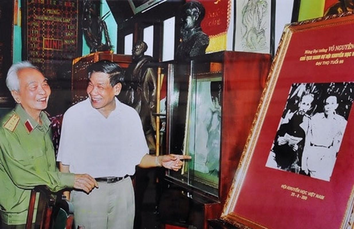 Cuoc doi, su nghiep nguyen Tong bi thu Le Kha Phieu qua anh-Hinh-6