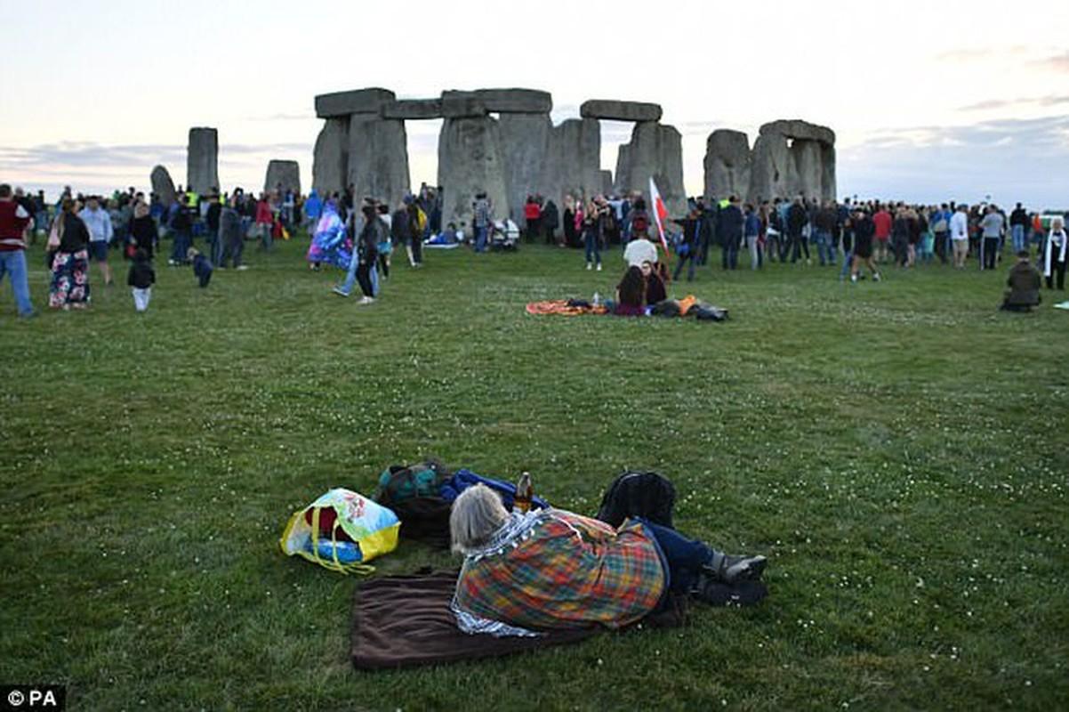 Nong: Bai da co Stonehenge thuc su la cua nguoi ngoai hanh tinh?-Hinh-6