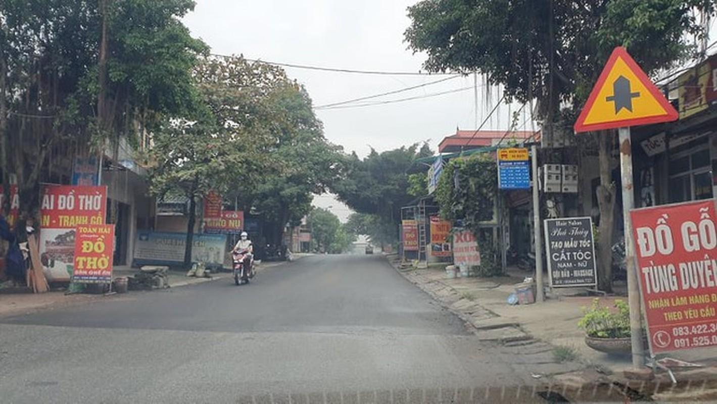 Duong o Ha Noi vua tham xong co the lay tay boc tung mang-Hinh-5