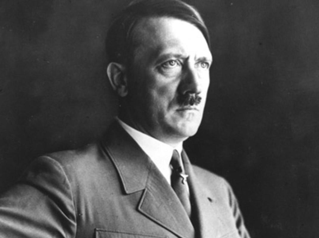 Truoc luc tu sat, Hitler song nhung ngay cuoi doi o dau?