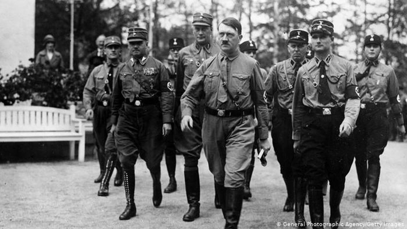 Giai ma nhung sai lam lon nhat doi trum phat xit Hitler-Hinh-2