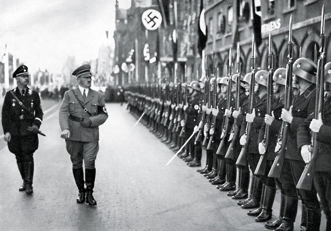 Giai ma nhung sai lam lon nhat doi trum phat xit Hitler