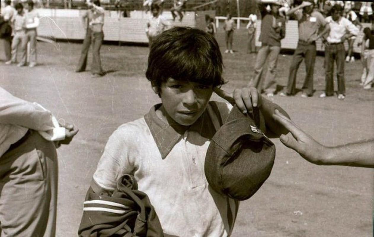 Tuoi tho song khu o chuot kho quen cua huyen thoai Diego Maradona-Hinh-5