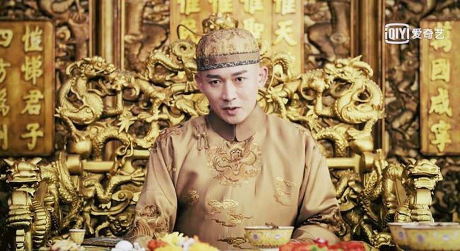 """Thoi quen an uong """"co don"""" cua hoang de nha Thanh"""