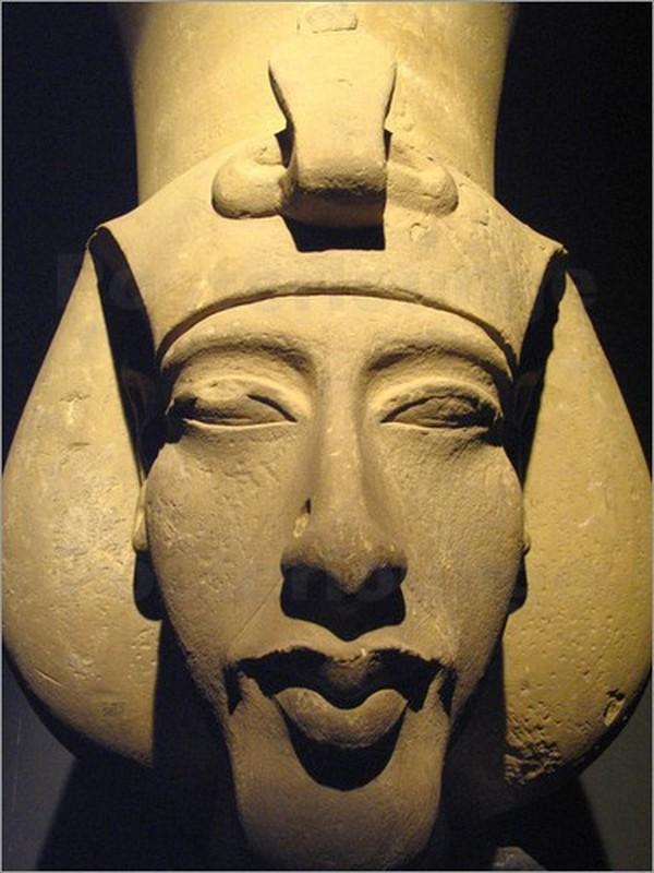 Bi an pharaoh Ai Cap bi xoa ten khoi danh sach cac vi vua