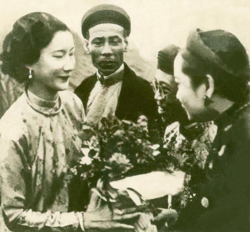 Bo anh cuoi cua Vua Bao Dai va Nam Phuong Hoang hau-Hinh-2