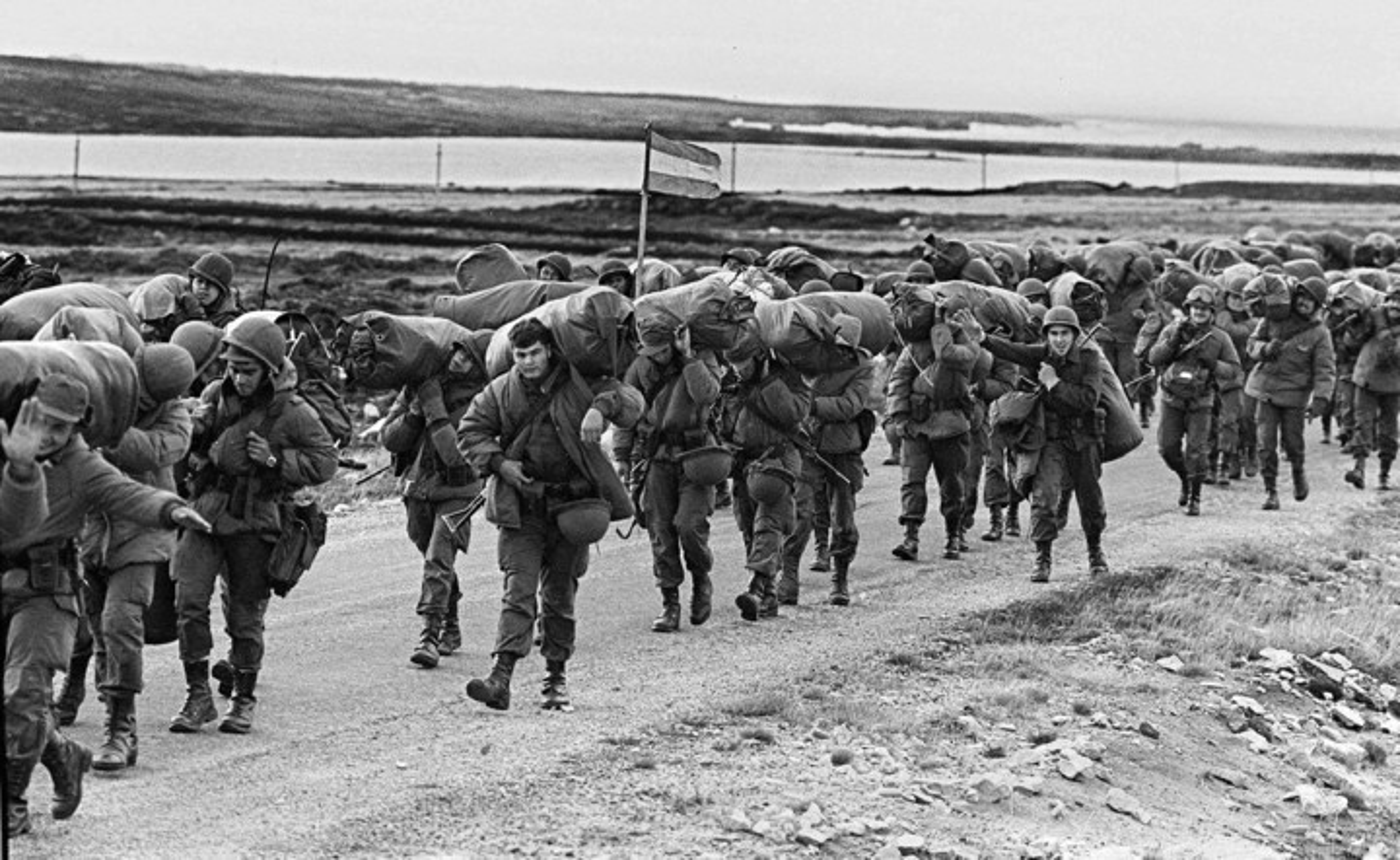 "Choang voi dong thai ran mat cua ""ba dam thep"" trong cuoc chien Falklands-Hinh-2"
