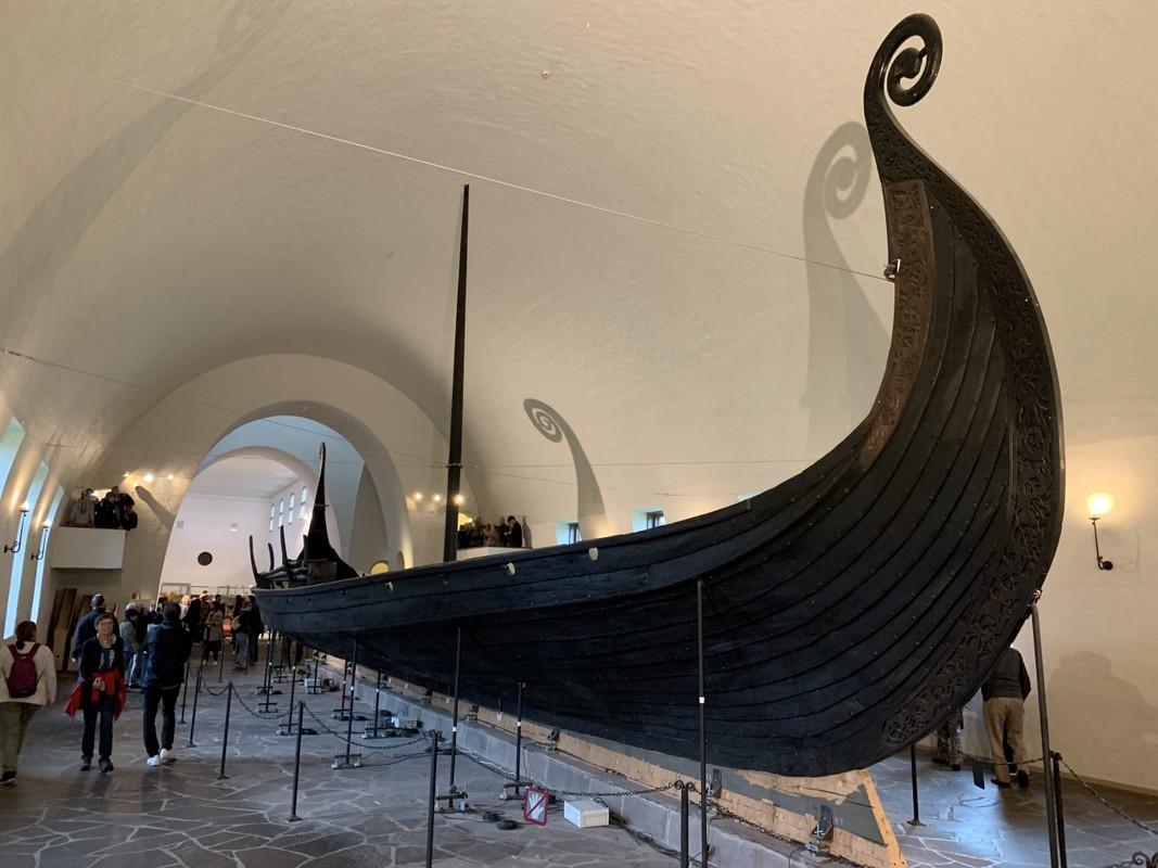 Lo dien con tau cua nguoi Viking dung mai tang nha vua?