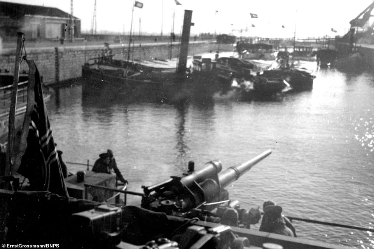 Lo anh linh Duc quoc xa chuan bi cho cuoc xam luoc Anh 1940-Hinh-3