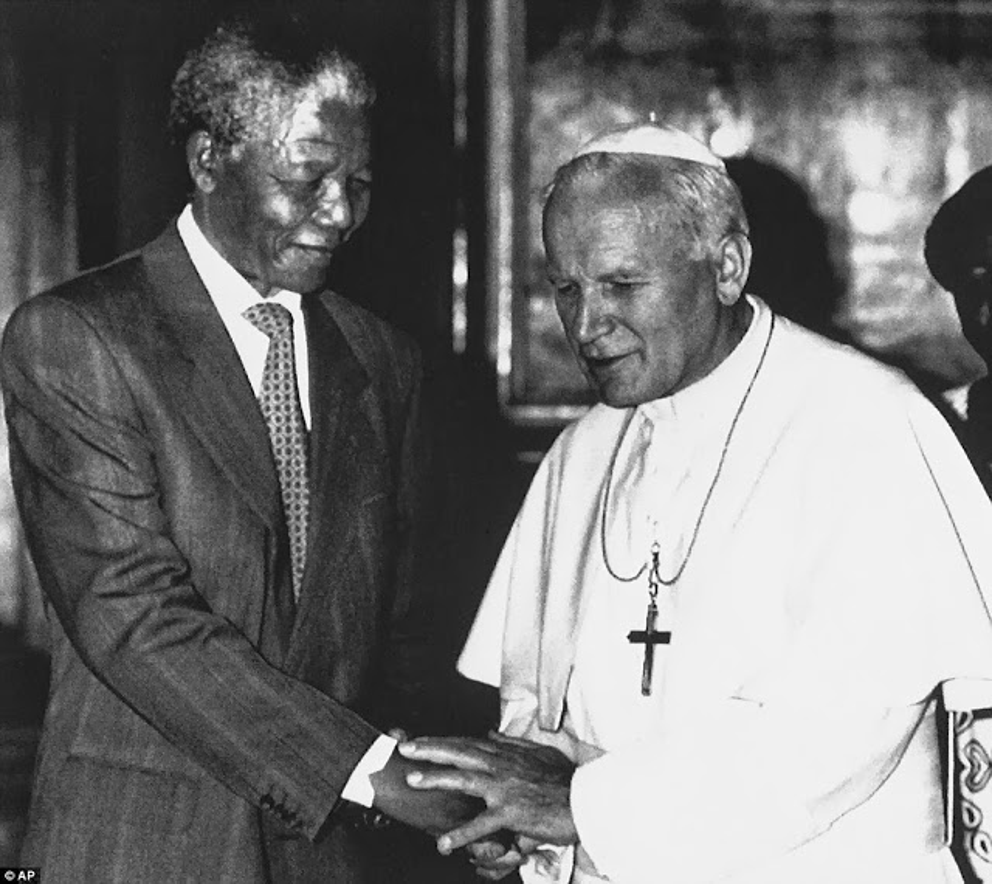 "Anh ""doc hiem"" ong Nelson Mandela ben cac nhan vat noi tieng the gioi-Hinh-2"