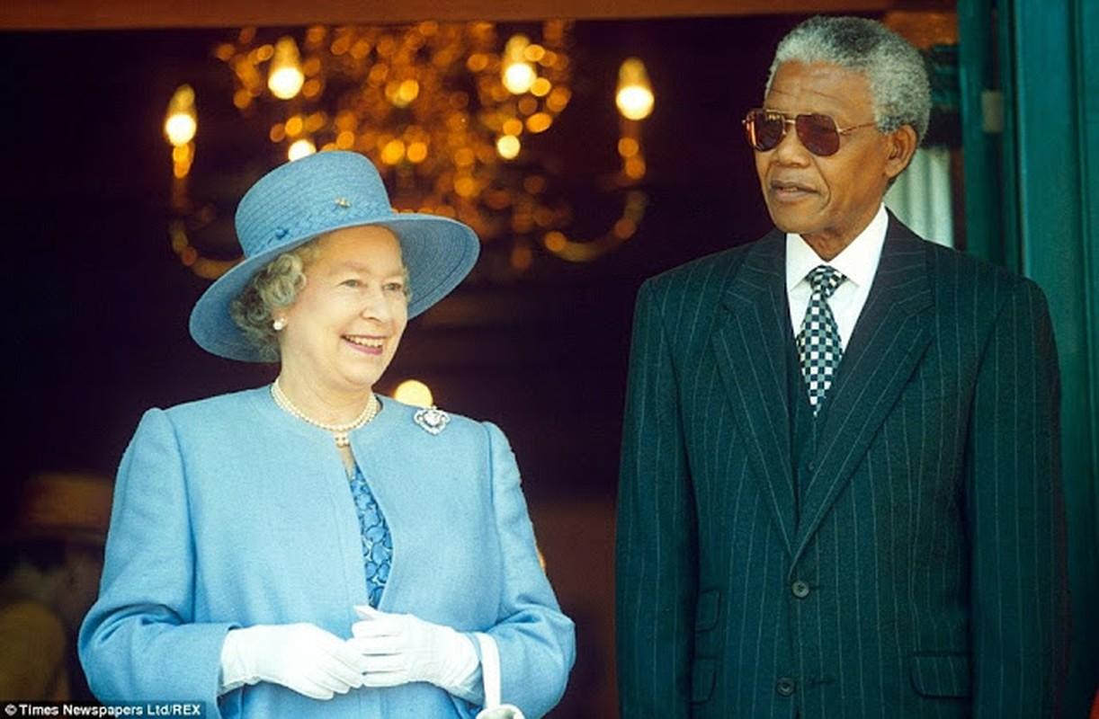 "Anh ""doc hiem"" ong Nelson Mandela ben cac nhan vat noi tieng the gioi-Hinh-4"