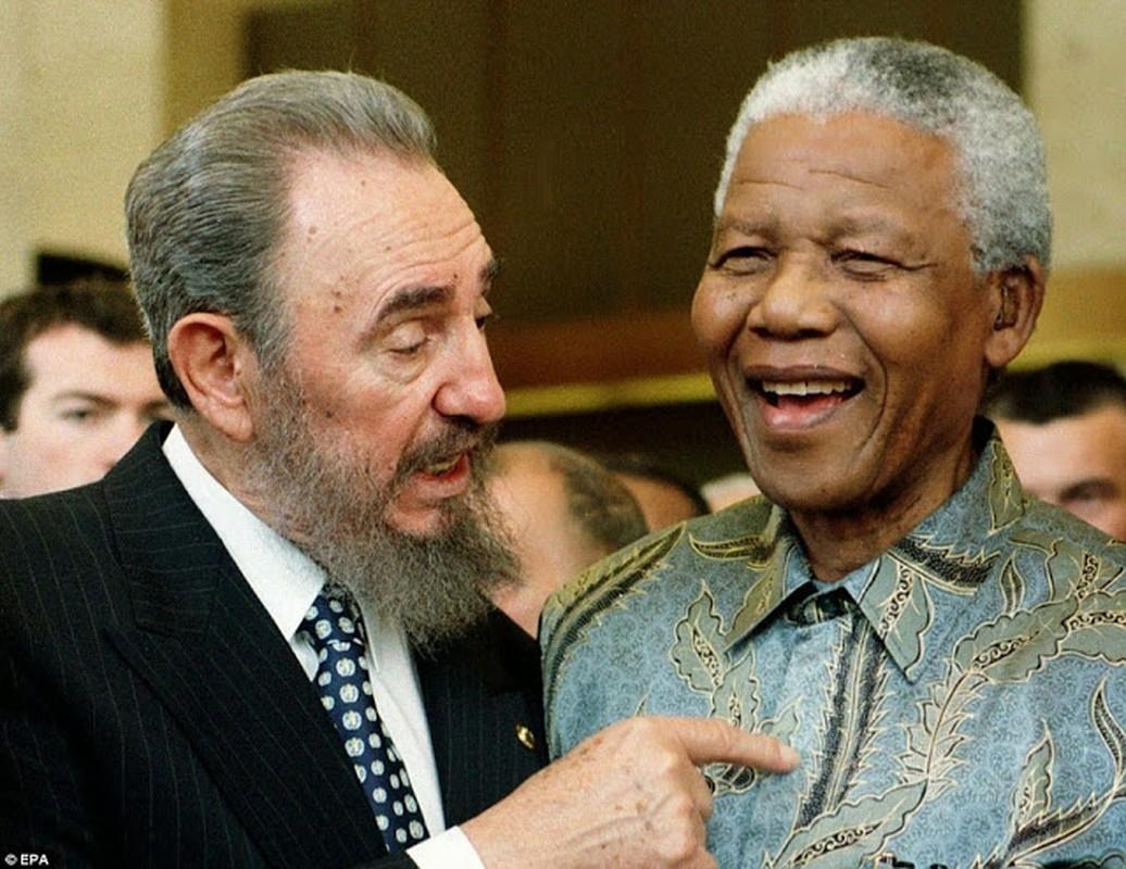 "Anh ""doc hiem"" ong Nelson Mandela ben cac nhan vat noi tieng the gioi-Hinh-9"