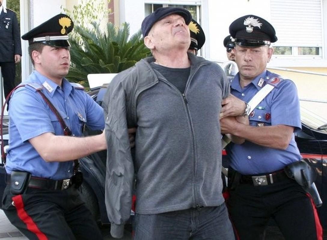 Su that hai hung bang dang toi pham nguy hiem khet tieng o Italy-Hinh-9