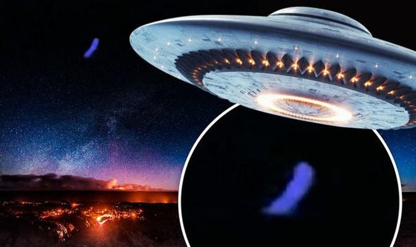 Chan dong: UFO phat anh sang mau xanh xuat hien o My?