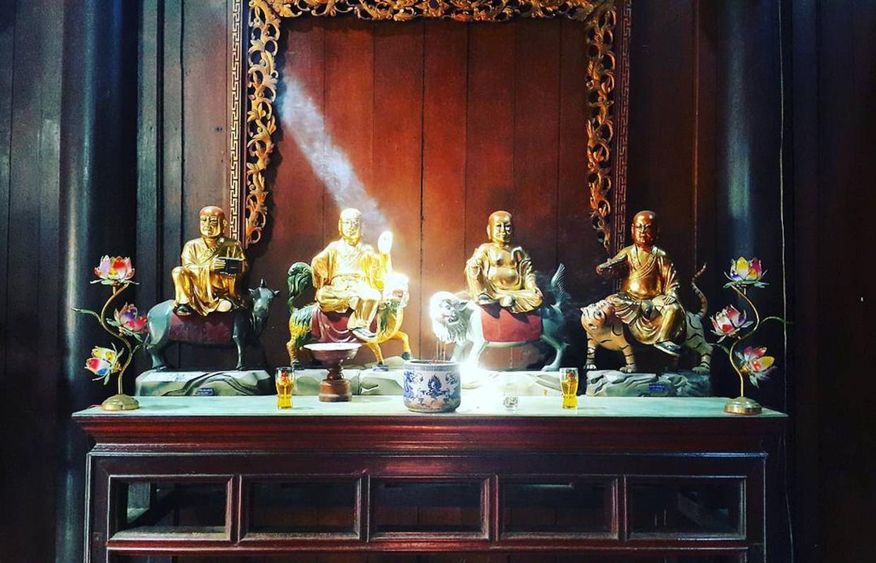 An tuong ngoi chua o Tien Giang voi 3 tuong Phat lon doc dao-Hinh-6