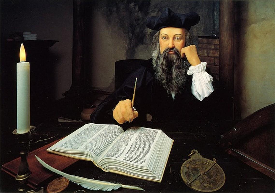 Tien doan nhu than, vi sao Nostradamus khong the tu thay doi van menh?-Hinh-9