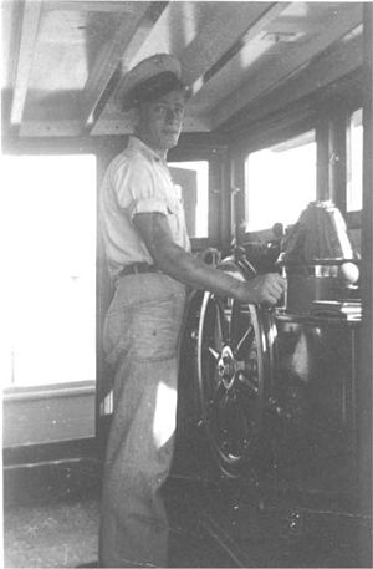 Bi an 25 thuy thu bien mat tren bien nam 1955-Hinh-3