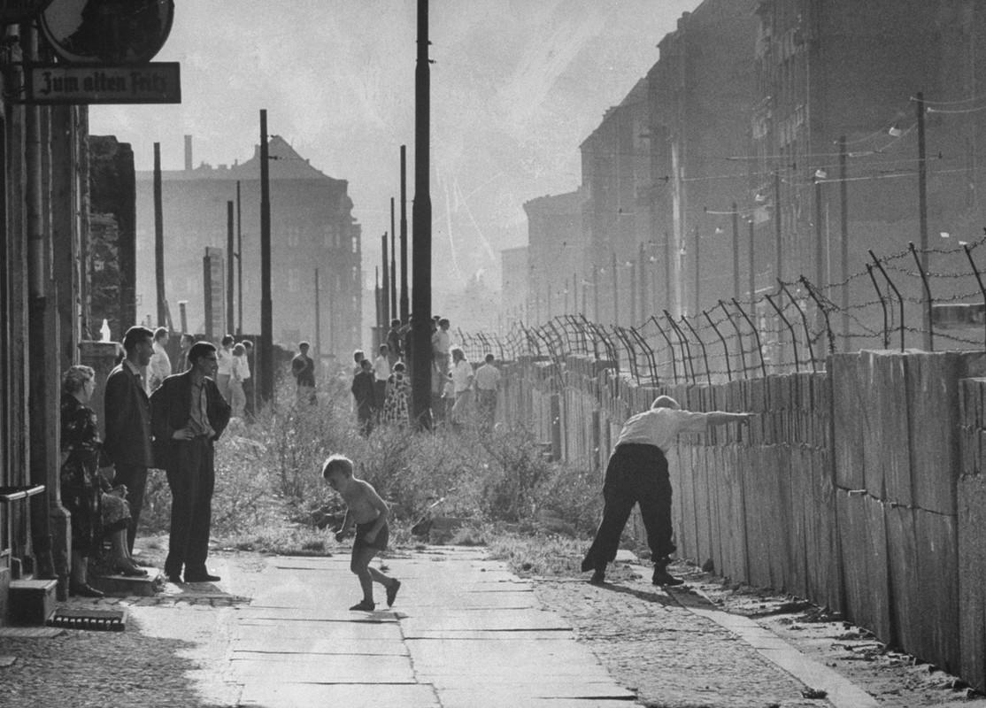 Vi sao Buc tuong Berlin duoc xay dung o Duc nam Tan Suu 1961?-Hinh-4