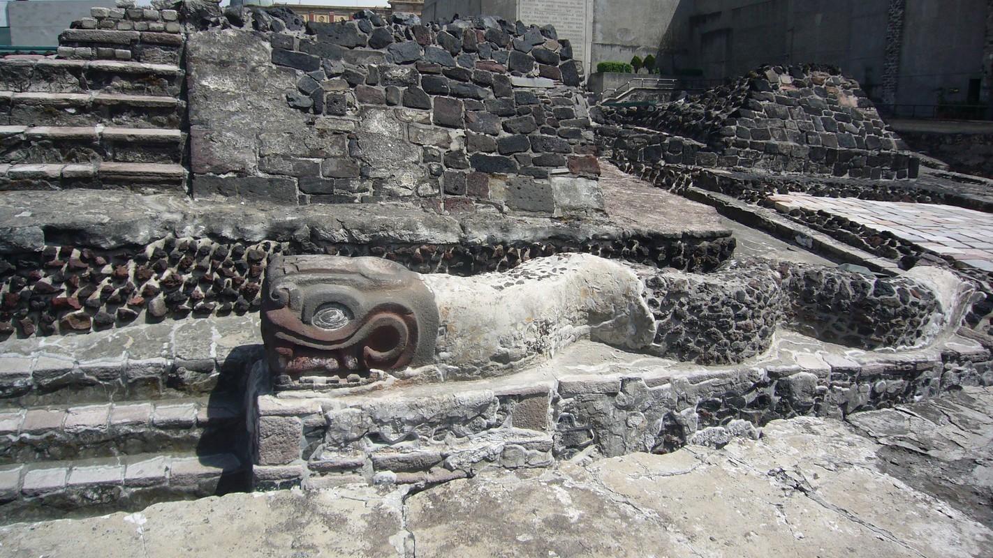 Bi an tac pham dieu khac dai bang cua nen van minh Aztec-Hinh-5