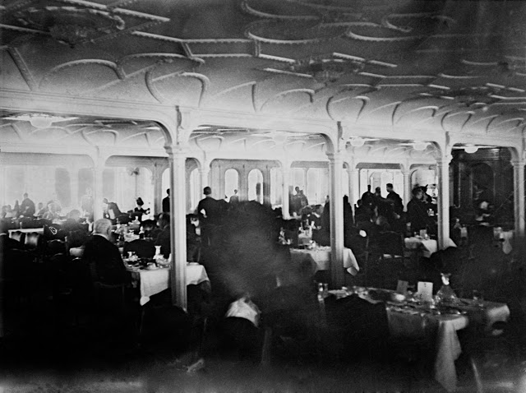 Khoanh khac dat gia tau Titanic huyen thoai truoc khi gap nan-Hinh-6