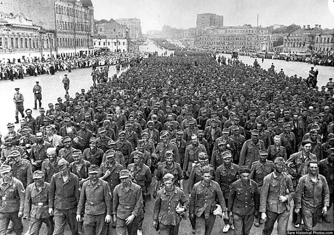 Anh hiem doi quan that bai cua Hitler di dieu pho o Moscow 1944-Hinh-10