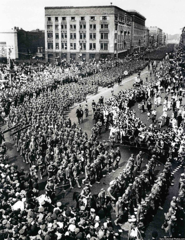 Anh hiem doi quan that bai cua Hitler di dieu pho o Moscow 1944-Hinh-3