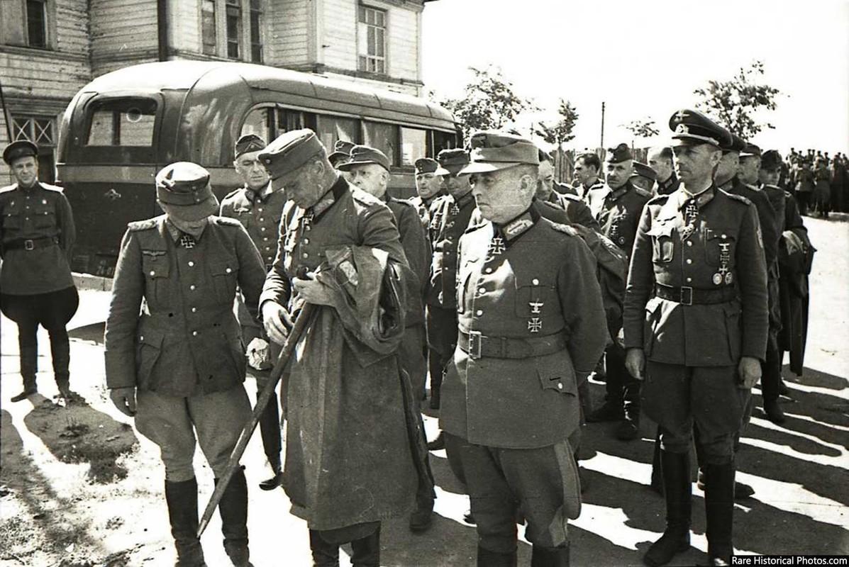 Anh hiem doi quan that bai cua Hitler di dieu pho o Moscow 1944-Hinh-8