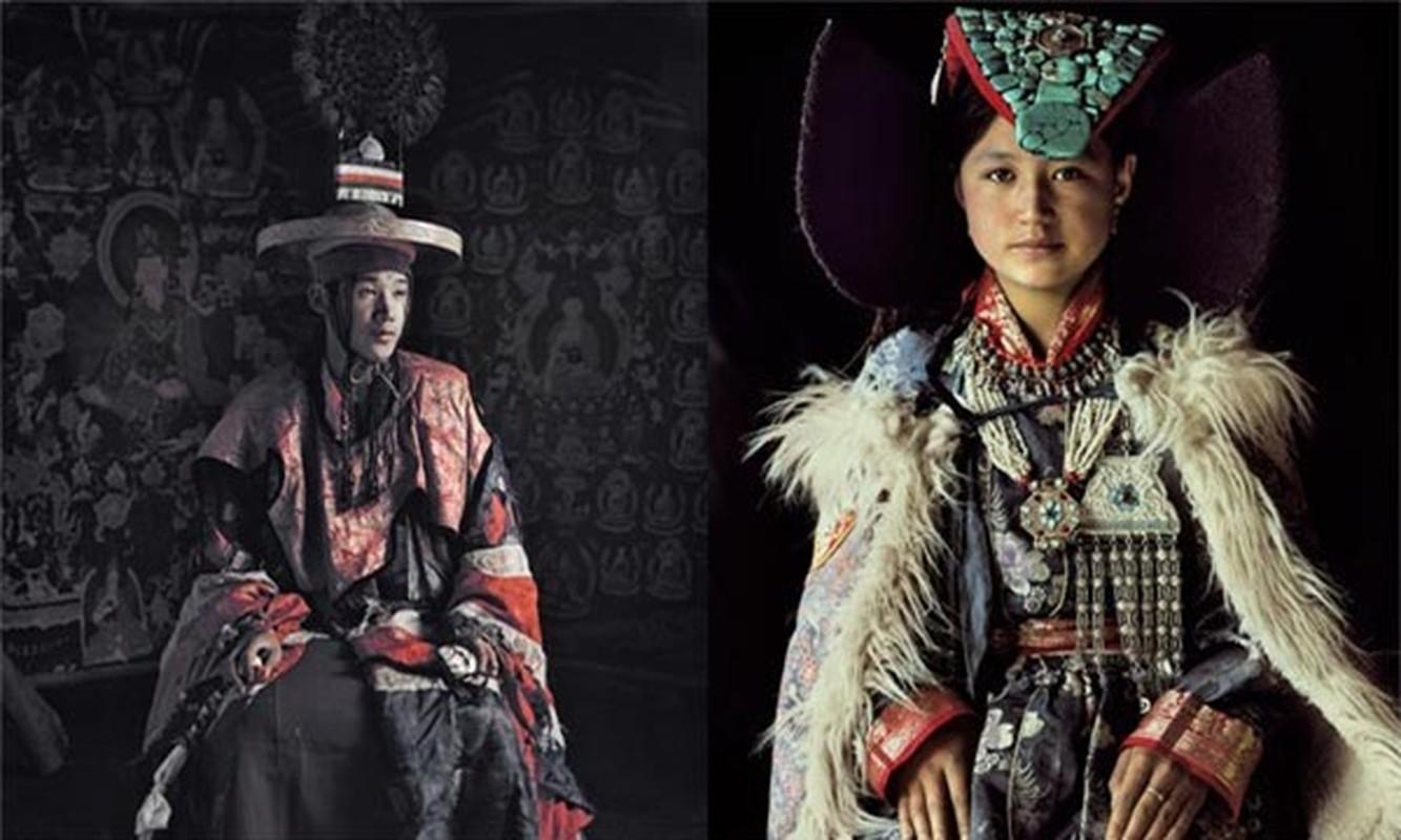 Ky la bo toc co cac anh em trai lay chung vo o Tay Tang-Hinh-2