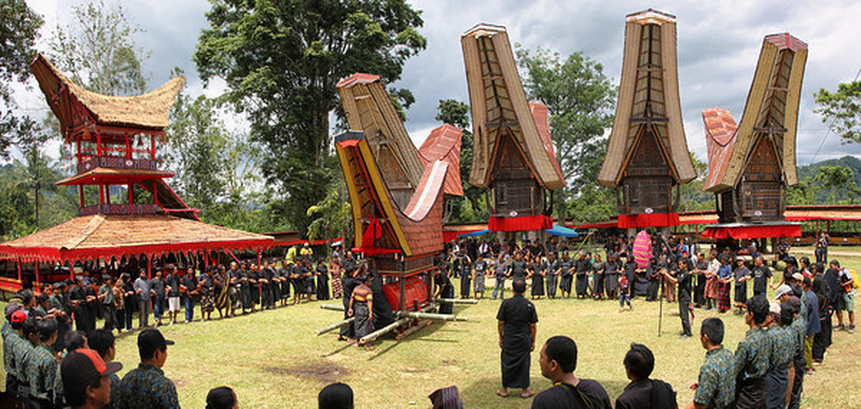 "Ron nguoi tap tuc ""song"" cung nguoi chet cua bo toc o Malaysia-Hinh-3"