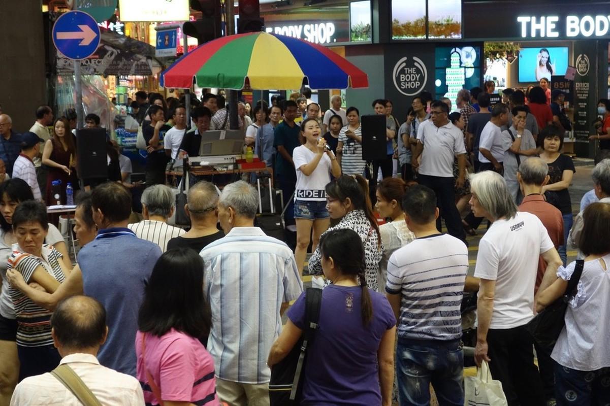 Cach Philippines, Hong Kong dep tieng on karaoke-Hinh-10