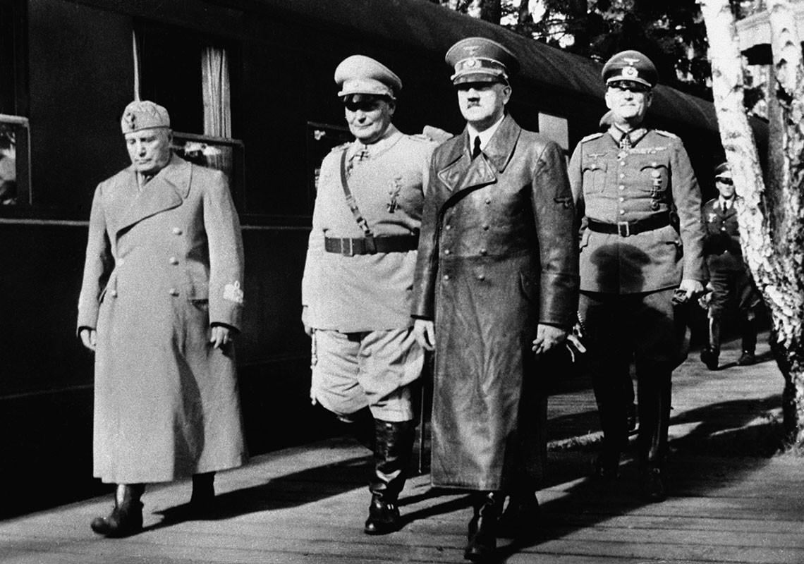 Bat duoc con trai Stalin, Hitler muon doi lay nguoi nao?-Hinh-6
